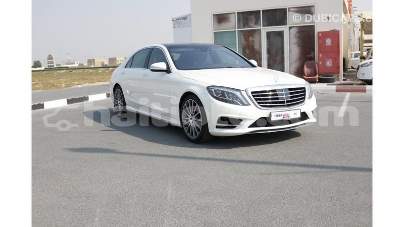 Big with watermark mercedes benz 190 (w201) artibonite import dubai 1189