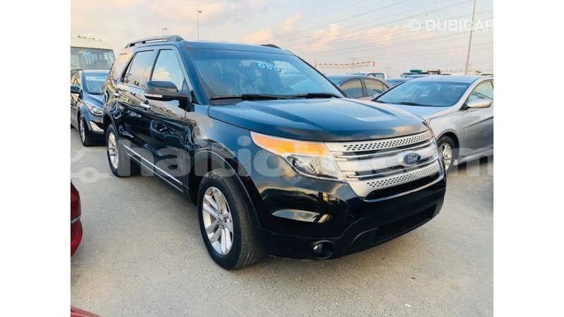Big with watermark ford explorer artibonite import dubai 3756