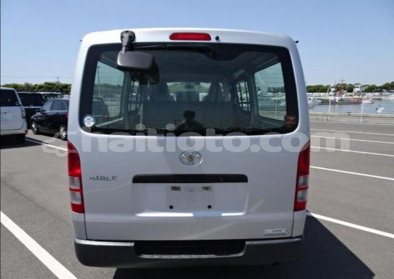 Big with watermark toyota hiace nord cap haitien 3815