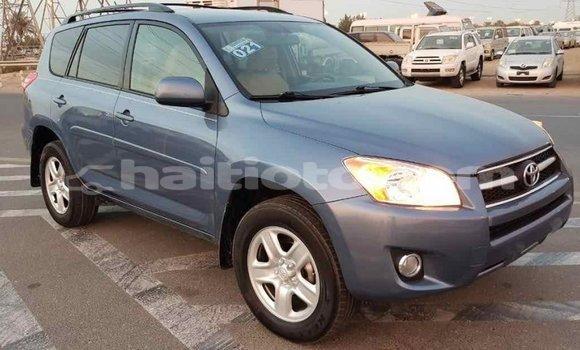 Acheter Importé Utilitaire Toyota HiAce Bleu à Import - Dubai, Artibonite