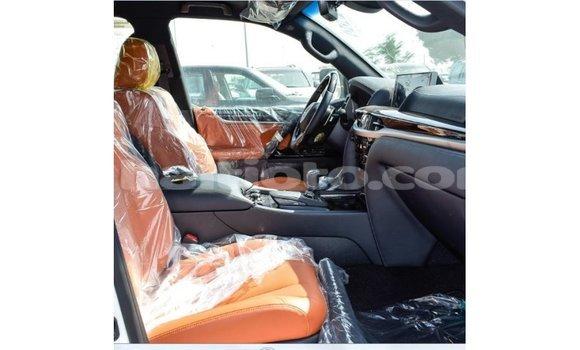 Acheter Importé Voiture Lexus LX Blanc à Import - Dubai, Artibonite