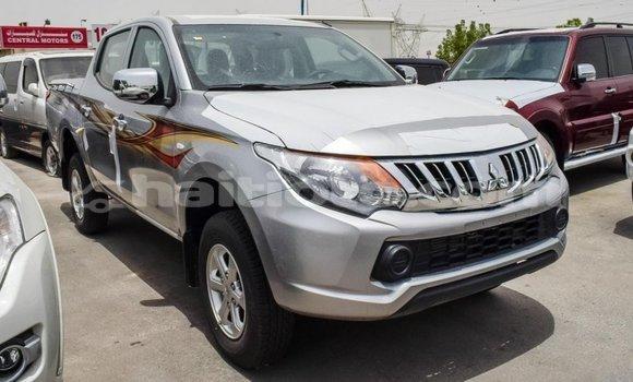 Acheter Importé Voiture Mitsubishi L200 Autre à Import - Dubai, Artibonite