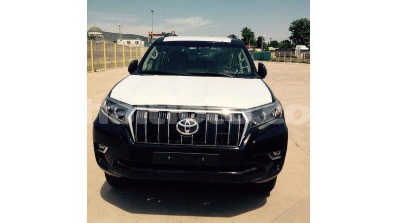 Acheter Importé Voiture Toyota Prado Noir à Import Dubai